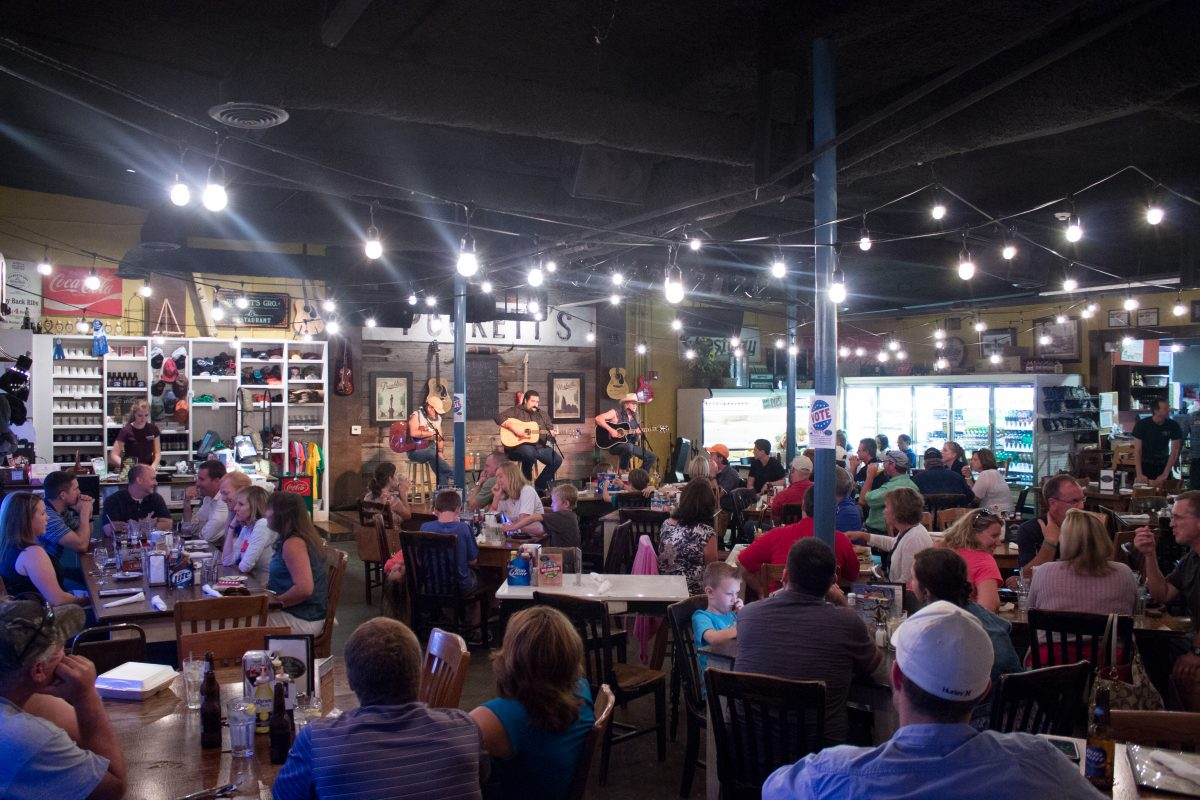 Diners enjoy a writers' round at Puckett's Franklin